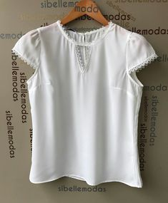 Edna Cute Crop Tops, Casual Outfits, Curvy, Fashion Looks, Sewing, Jumper, How To Wear, Shirts, Collection