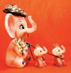 CUTE! Elephant Mom & Babies Figurine Vintage 1950s Retro Rare Napco Lefton RARE