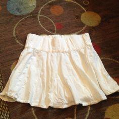 NWOT White skirt Cute light skirt great with leggings H&M Skirts