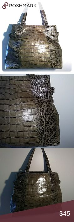 "Ann Taylor green leather purse Large olive green & black embossed leather tote bag in good condition, spacious with inside pockets, there's some light ink marks on lining as seen in the pictures. 16.5"" across, 11.25"" tall, 5"" deep, 7.5"" strap drop Ann Taylor Bags"