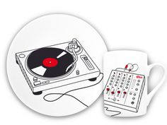 SPIN THE DECKS… at breakfast? Record plate and mug for musical mornings, #tellerundtasse
