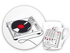 SPIN THE DECKS… at breakfast? Record plate and mug for musical mornings, #tellerundtasse