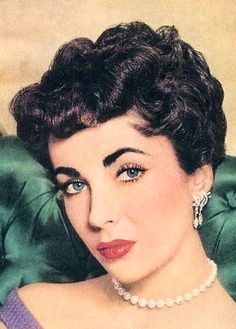 1950's HAIRSTYLES | Mitzi Loves Opshops: 1950s Beauty & Make Up