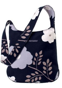 marimekko bag Diy Embroidery Crafts, Marimekko Dress, Flower Bag, Crazy Outfits, Bag Accessories, Purses And Bags, Gym Bag, Shoulder Bag, Tote Bag