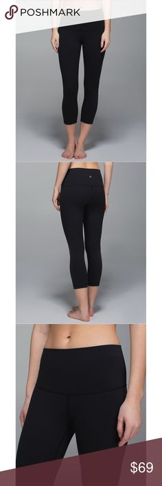 """Lululemon Wunder Under Roll Down Black High Rise 4 PRICE IS FIRM AND NON-NEGOTIABLE. NO OFFERS. LOWBALLERS WILL BE BLOCKED. NO TRADES. Lululemon """"Wunder Under Roll Down Crop"""" yoga pants in Black, size 4. High or low, the adjustable waistband can be worn up for more coverage or folded over for some extra room to breathe. Four-way stretch, second-skin fit. Sweat-wicking and breathable. lululemon athletica Pants Ankle & Cropped"""