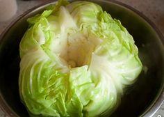 Такой бесподобной закуски – вы еще не пробовали! Вкуснейшие капустные листья с сырной начинкой