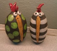 Susanne Camille Petersen Clay Birds, Ceramic Birds, Ceramic Animals, Clay Animals, Ceramic Clay, Ceramic Pottery, Pottery Art, Recycled Art Projects, Clay Projects