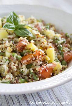 La ricetta della Quinoa con verdure a modo mio, un piatto proteico con verdure di stagione a base di quinoa bianca, rossa e riso-