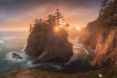 Magic island by Daniel Kordan #xemtvhay