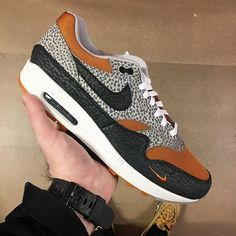 "premium selection ee343 baf66 Antoni   Shoe Enthusiast   on Instagram  "" sizeofficial x Nike Air Max 1  ""Safari"" 🚀 Such an amazing pair 💯 - ⬛ ⬛  sneakertracker  OGAIR   airmaxalways ..."
