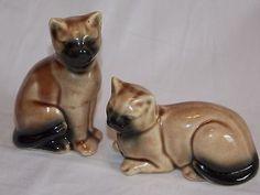 Vintage Cat Figurines Pair.