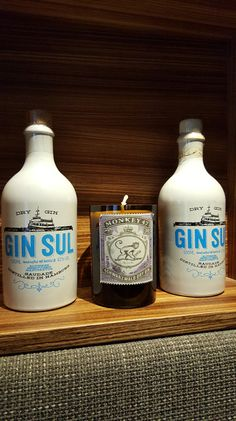 Gin Hendrick S Gin And Centerpiece Flowers On Pinterest