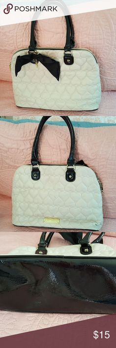 BETSY JOHNSON purse Black and White classy purse BETSY JOHNSON Bags Shoulder Bags