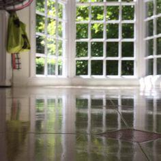 Vinyl floor polishing Vinyl Floor Cleaners, East Sussex, Vinyl Flooring, Surrey, Hampshire, Cleaning, Vinyl Floor Covering, Hampshire Pig, The Hampshire