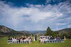 picture of a wedding ceremony in Breckenridge, Colorado