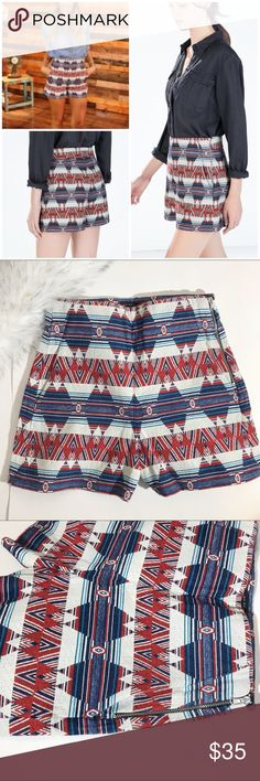 "ZARA Woman High Waist Ikat Printed Shorts XS ZARA Woman printed high waisted shorts in gorgeous ikat Moroccan print. Fully lined and very high quality. Side zip with front pockets. Perfect festival shorts! Size XS   11"" rise and 3"" inseam.   👉🏻Check out my closet for other high waisted shorts and bundle to save! Zara Shorts"