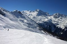 Skiing and Snowboarding in Sainte-Foy-Tarentaise • Active Azur