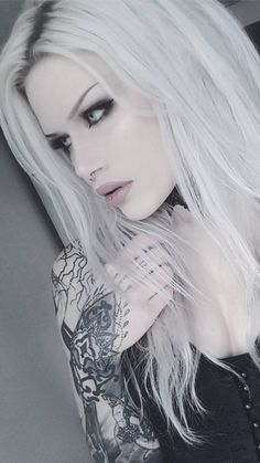 Beste Tattoo Ideen - Just another WordPress site Goth Beauty, Dark Beauty, Gothic Girls, Dark Fashion, Gothic Fashion, Sexy Tattoos, Girl Tattoos, Blonde Goth, Lovely Girl Image