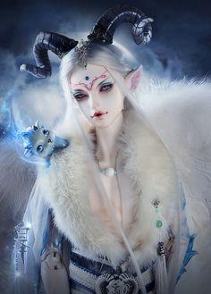 http://www.ebay.com/itm/Baize-Beast-Ver-LIMITED-73cm-boy-LoongSoul-1-3-super-dollfie-sd17-size-bjd/302035819542?_trksid=p2047675.c100005.m1851