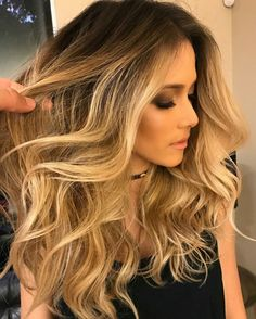 Beautiful bombshell hair by @romeufelipe. #hairstyle #hair #hairgoals #longhair #olaplex #balayage #highlights #beauty #fabfashionfix #brazilian