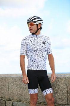 Cycling Bib Shorts, High quality chamois, Comfortable Bib mesh straps with custom CASP Print. Folded Lycra cuff for superior comfort. Cycling Bib Shorts, Cycling Gear, Cycling Jerseys, Cycling Outfit, Cycling Clothes, Bike Wear, Road Bike, Bibs, Active Wear