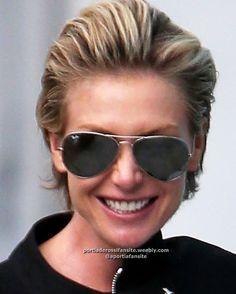 Ellen And Portia, Portia De Rossi, Ellen Degeneres, Hair Ideas, Sunglasses Women