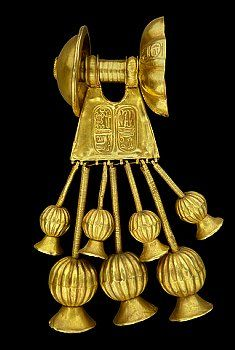 Gold earring found in tomb KV 56 in the Valley of the Kings decorated with the cartouche of King Seti II, fifth ruler of the Nineteenth Dynasty. Nubian enemies depicted on the walls of Egyptian temples wear earrings. The Hyksos introduced the earrings to Egypt in the second Intermediate Period.