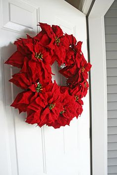 Poinsettia Wreath {Tutorial}