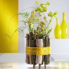 Kunst und Handwerk: Flechten mit Blättern & Co. - Astbündel mit