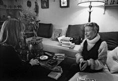 Journalist Alice Schwarzer interviews Simone de Beauvoir in her apartment. Paris, 1978. Alice produced a serie of interviews with Simone de Beauvoir between the years of 1972 and 1982. Photo: Barbara Klemm.