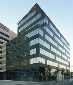 ecdm patterns M5B3 office building with rainscreens in paris