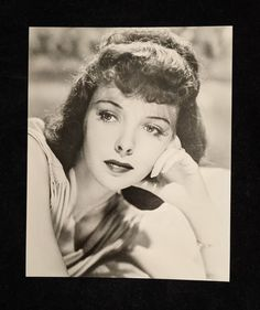 Ida Lupino Black and White Publicity Photograph of Ida | Etsy Golden Age Of Hollywood, Vintage Hollywood, Classic Hollywood, Glass Photo Frames, Lonely Heart, Paramount Pictures, Movie Photo, Photo Postcards, Black Glass