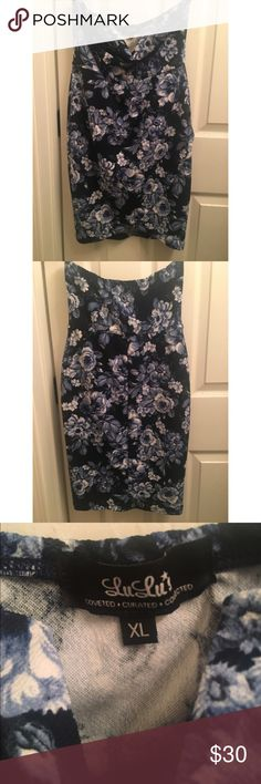 """GARLAND GREETING NAVY BLUE FLORAL PRINT STRAPLES Brand new and never worn! Lulu's XL = US/CAN 8, Bust 40""""-42"""", waist 32""""-35"""", hips 42""""-44"""" Lulu's Dresses Mini"""