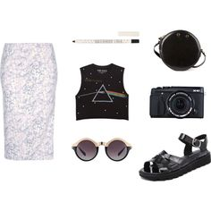 "Get the 90s look with these ""Shell Black"" sandals by Windsor Smith! Team with a midi skirt, your favourite band tee and a vintage 90s bag! #spring #summer #sandals #platforms"