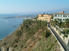 Messina, Italy – Yes, I took this photo while on a cruise vacation on RCL in Oct. 08.  I <3 Italy!