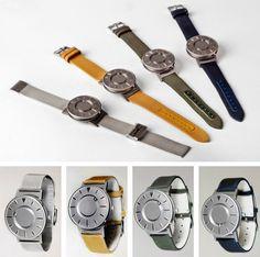 Slim apparaatje, deze 'Bradley'. Dit horloge laat niet alleen de tijd zien maar je kunt 'm ook voelen. http://www.manners.nl/voel-de-tijd-the-bradley/