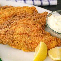 Restaurant-Quality Fried Catfish - Fried Catfish Recipes, Grilled Catfish, Baked Catfish, How To Fry Catfish, Fried Flounder, Fried Tilapia, Fried Fish, Fish Fry, Southern Catfish Recipe