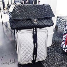 29 Trendy Travel Luggage Ideas Airports Luggage Bags For Women Trolley Backpack 20 Inch Wheeled Backpacks Cabin Size Ca. Chanel Luggage, Luxury Luggage, Luxury Bags, Luxury Handbags, Best Carry On Luggage, Cute Luggage, Luggage Bags, Luggage Suitcase, Designer Travel Bags