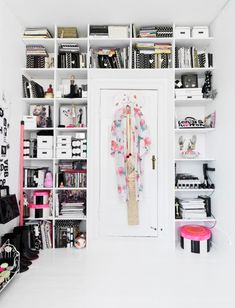 Fitting floor-to- ceiling, built-in shelving around the door makes good use of otherwise dead space. #ChildrensBedrooms #ChildrensBedroomIdeas #ChildrensBedroomDecor