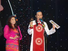 ộ xì-tin dâu ngoài đời của Hoài Linh luôn khiến khán giả cười thoải mái và ông cũng là một trong những nhân vật được chờ đợi nhất tại lễ trao Giải Mai Vàng   tao quan 2015: http://taoquan2015.com/ hai tet 2015: http://taoquan2015.com/hai-tet-2015/ xem boi: http://boi.vn/ video hai: http://taoquan2015.com/video-hai/