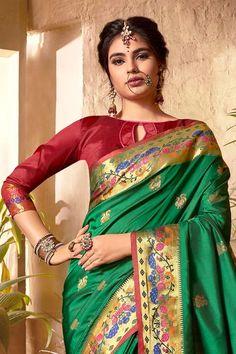 Beautiful Saree, Most Beautiful, South Silk Sarees, Silk Sarees With Price, Kanjivaram Sarees, Indian Heritage, Saree Blouse Designs, Clearance Sale, Sarees Online