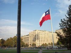 Plaza de la Ciudadanía, frente al Palacio de La Moneda en Santiago #Chile