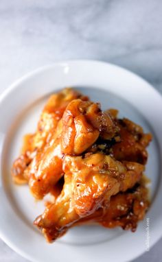Maple Glazed Chicken Wings are the perfect combination of sweet, spicy, hot, and smokey chicken wings recipe. Get this family favorite chicken wings recipe for Maple Glazed Chicken, Cooking Recipes, Healthy Recipes, Chicken Wing Recipes, Game Day Food, Appetizer Recipes, Appetizers, Turkey Recipes, Food Dishes