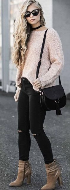 BLUSH BLUSH BLUSH! The hottest trend this year! Ask for it in your next fix!!! Spring and Summer Outfit trends for 2017. Perfect outfit inspiration for Stitch Fix. Add pin to your Stitch Fix style board. New to Stitch Fix? Click pin and Sign up now! :) #Sponsored