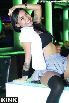 Now that's a smile 😃 Kink Agogo, LK Metro Pattaya Thailand, Legs, Crop Tops, Smile, Women, Fashion, Moda, Fashion Styles, Fashion Illustrations
