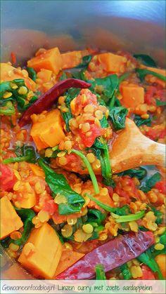 Eenpansgerecht: Rode linzen met zoete aardappelen en spinazie | Gewooneenfoodblog.nl