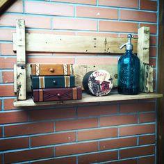 Nueva entrega de repisa de palet... Hagan sus pedidos! Interior Exterior, Patagonia, Instagram Posts, Man Caves, Decorating Rooms, Man Room, Furniture, Projects