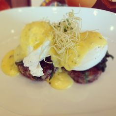 Salt beef hash cake, poached organic eggs, crispy leeks and sauce Béarnaise at CUT at 45 Park Lane, London. Breakfast of champions.