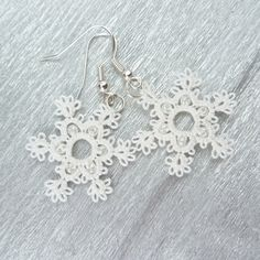 Snowflake earrings / white lace earrings / Winter fashion / snowflakes jewelry. via Etsy.