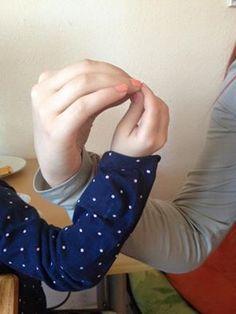 Schleife zeigen Bild 0063  #schleifezeigen #kinderschutz #challenge #1207schleifen #fingerweg #fingerweginfo